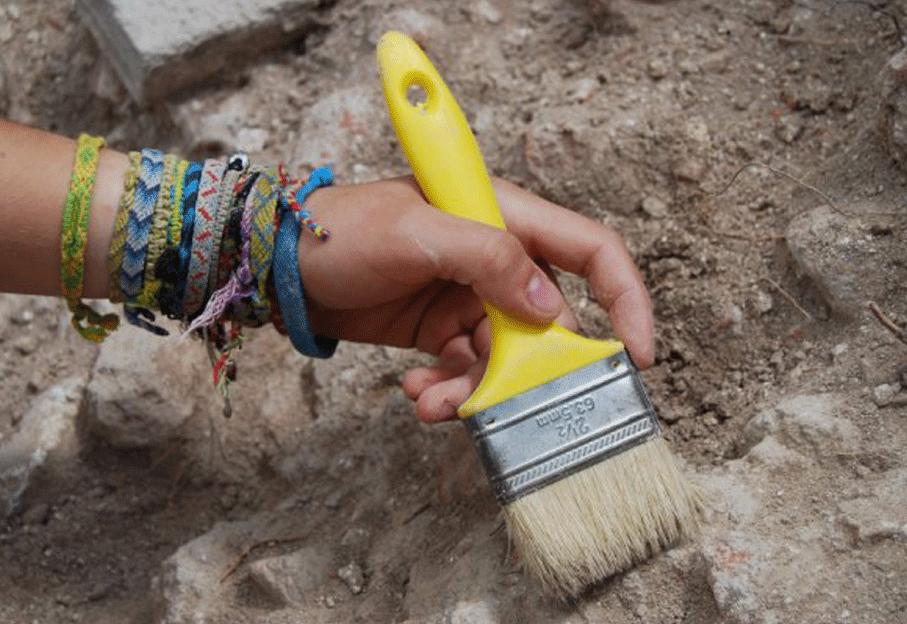 Основной инструмент археолога
